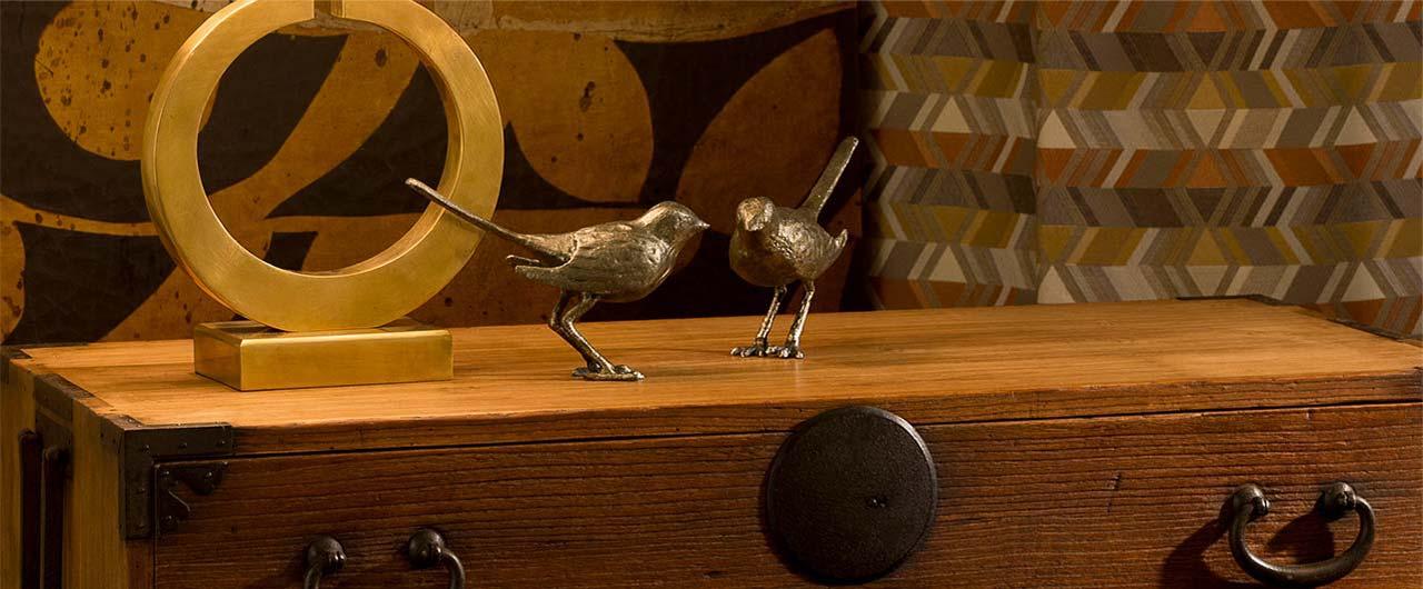 birds-on-a-dresser